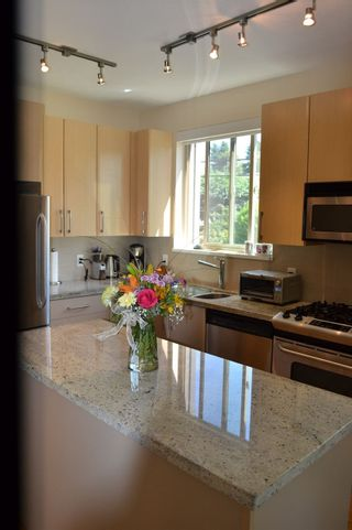 Photo 11: 235 5160 DAVIS BAY Road in Sechelt: Sechelt District Condo for sale (Sunshine Coast)  : MLS®# R2190164