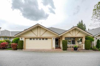 """Photo 1: 19 8555 209 Street in Langley: Walnut Grove Townhouse for sale in """"AUTUMNWOOD"""" : MLS®# R2575003"""