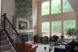 """Photo 2: 24572 KIMOLA Drive in Maple Ridge: Albion House for sale in """"HIGHLAND FOREST"""" : MLS®# R2384009"""