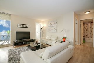 """Photo 8: 1405 7077 BERESFORD Street in Burnaby: Highgate Condo for sale in """"CITY CLUB ON THE PARK"""" (Burnaby South)  : MLS®# R2196464"""