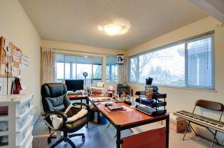 """Photo 11: 5545 MORELAND Drive in Burnaby: Deer Lake Place House for sale in """"DEER LAKE PLACE"""" (Burnaby South)  : MLS®# R2035415"""