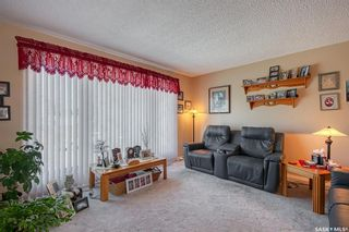 Photo 5: 1304 16th Avenue Southwest in Moose Jaw: Westmount/Elsom Residential for sale : MLS®# SK863170