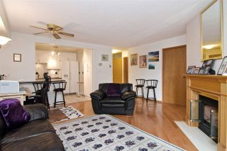 """Photo 5: 3103 33 CHESTERFIELD Place in North Vancouver: Lower Lonsdale Condo for sale in """"Harbourview Park"""" : MLS®# R2037524"""
