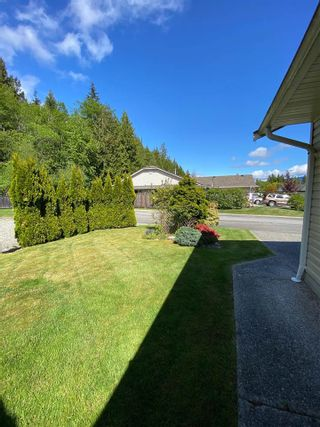 Photo 12: 17 535 SHAW Road in Gibsons: Gibsons & Area 1/2 Duplex for sale (Sunshine Coast)  : MLS®# R2579843