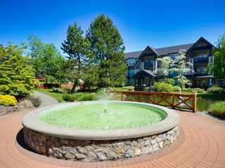 Photo 6: 112 4490 Chatterton Way in : SE Broadmead Condo for sale (Saanich East)  : MLS®# 875911