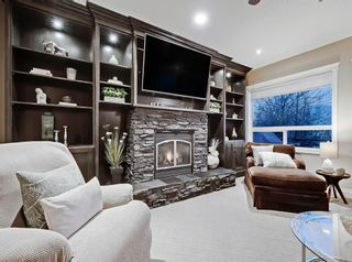 Photo 10: 30 Springborough Crescent SW in Calgary: Springbank Hill Detached for sale : MLS®# A1070980