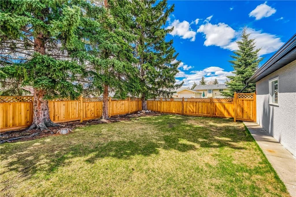 Photo 43: Photos: 5039 BULYEA Road NW in Calgary: Brentwood Detached for sale : MLS®# A1047047
