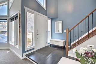 Photo 4: 19 Signal Hill Mews SW in Calgary: Signal Hill Detached for sale : MLS®# A1072683