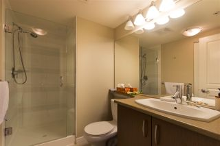 """Photo 13: 302 3105 LINCOLN Avenue in Coquitlam: New Horizons Condo for sale in """"WINDSOR GATE BY POLYGON"""" : MLS®# R2154112"""
