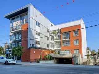 Photo 2: 302 932 Johnson St in Victoria: Vi Downtown Condo for sale : MLS®# 855828