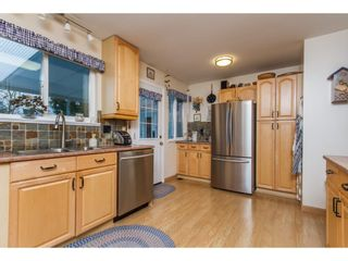 Photo 3: 34621 YORK Avenue in Abbotsford: Abbotsford East House for sale : MLS®# R2153513