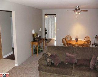 Photo 4: 2772 272B Street in Langley: Aldergrove Langley House for sale : MLS®# F2927893