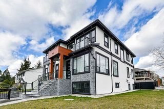 Photo 3: 12343 93A Avenue in Surrey: Queen Mary Park Surrey House for sale : MLS®# R2576349