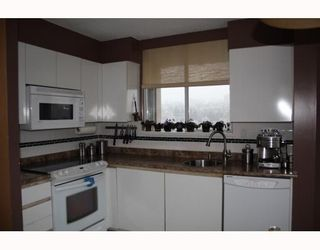 """Photo 4: 1804 1245 QUAYSIDE Drive in New_Westminster: Quay Condo for sale in """"The Riviera"""" (New Westminster)  : MLS®# V767288"""