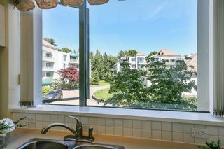 """Photo 23: 207 1725 MARTIN Drive in Surrey: Sunnyside Park Surrey Condo for sale in """"Southwynde by Bosa Construction"""" (South Surrey White Rock)  : MLS®# R2589196"""