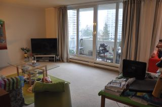 """Photo 3: 1406 5645 BARKER Avenue in Burnaby: Central Park BS Condo for sale in """"Central Park Place 11"""" (Burnaby South)  : MLS®# R2150966"""