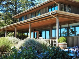 Photo 4: 2892 Fishboat Bay Rd in : Sk French Beach House for sale (Sooke)  : MLS®# 863163