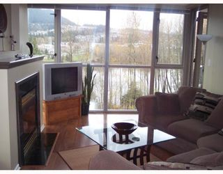 Photo 3: 803 3070 GUILDFORD Way in Coquitlam: North Coquitlam Condo for sale : MLS®# V678054