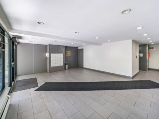 """Photo 3: 412 2333 TRIUMPH Street in Vancouver: Hastings Condo for sale in """"LANDMARK MONTEREY"""" (Vancouver East)  : MLS®# R2582065"""