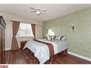 "Photo 7: 309 1520 BLACKWOOD Street: White Rock Condo for sale in ""Blue Surf"" (South Surrey White Rock)  : MLS®# F1128093"