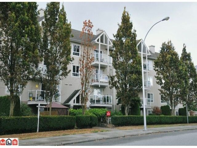 """Main Photo: 204 8110 120A Street in Surrey: Queen Mary Park Surrey Condo for sale in """"MAINSTREET"""" : MLS®# F1204406"""