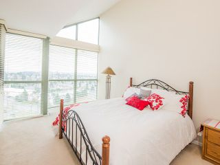 """Photo 7: 1340 7288 ACORN Avenue in Burnaby: Highgate Condo for sale in """"THE DUNHILL"""" (Burnaby South)  : MLS®# V993020"""