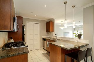 """Photo 12: 84 15353 100 Avenue in Surrey: Guildford Townhouse for sale in """"Soul of Guildford"""" (North Surrey)  : MLS®# R2211059"""