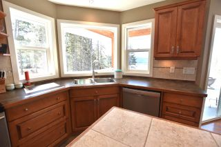 Photo 8: 2179 WHITE Road in Williams Lake: Lakeside Rural House for sale (Williams Lake (Zone 27))  : MLS®# R2563584