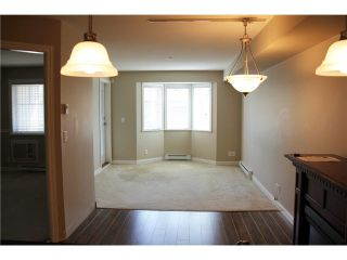 """Photo 5: 309 19730 56 Avenue in Langley: Langley City Condo for sale in """"Madison Place"""" : MLS®# R2139542"""
