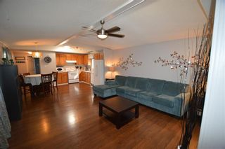 Photo 4: 131 305 Calahoo Road: Spruce Grove Mobile for sale : MLS®# E4229200