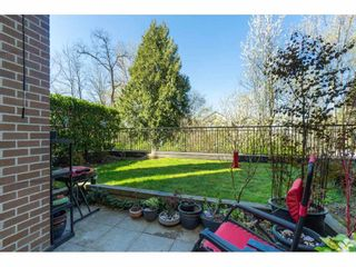 """Photo 19: 104 20062 FRASER Highway in Langley: Langley City Condo for sale in """"Varsity"""" : MLS®# R2453386"""