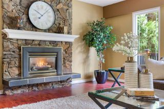 """Photo 8: 19750 47 Avenue in Langley: Langley City House for sale in """"Mason heights"""" : MLS®# R2554877"""