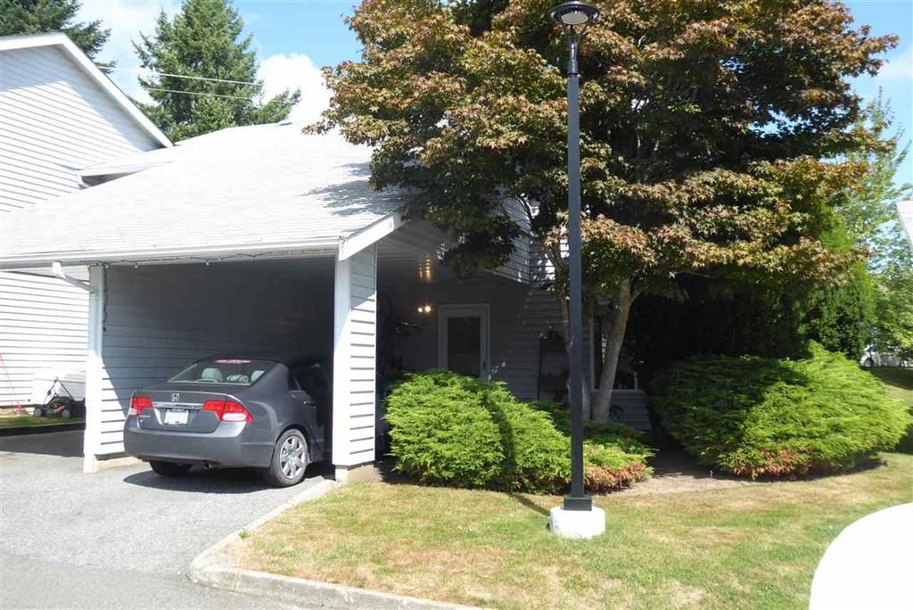Main Photo: 23 26970 32 Avenue in Langley: Aldergrove Langley Townhouse for sale : MLS®# R2490223