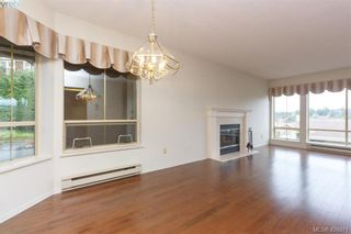Photo 13: 801 6880 Wallace Dr in BRENTWOOD BAY: CS Brentwood Bay Row/Townhouse for sale (Central Saanich)  : MLS®# 841142