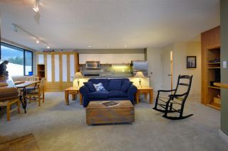 """Photo 3: 301 4111 GOLFERS APPROACH in Whistler: Whistler Village Condo for sale in """"WINDWHISTLER"""" : MLS®# R2126720"""