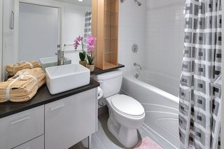 Photo 9: 702 33 SMITHE STREET in Vancouver: Yaletown Condo for sale (Vancouver West)  : MLS®# R2103455