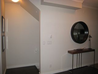 Photo 4: 302 7533 Gilley Avenue in Burnaby: South Slope Townhouse for sale (Burnaby South)