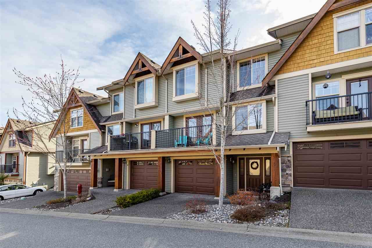 "Main Photo: 10 46840 RUSSELL Road in Chilliwack: Promontory Townhouse for sale in ""TIMBER RIDGE"" (Sardis)  : MLS®# R2560934"