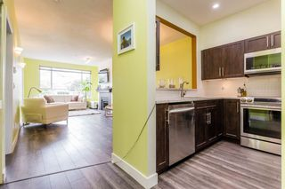 """Photo 3: 108 2340 HAWTHORNE Avenue in Port Coquitlam: Central Pt Coquitlam Condo for sale in """"BARRINGTON PLACE"""" : MLS®# R2177067"""