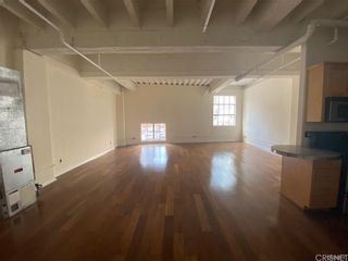 Photo 5: 312 W 5th Street Unit M10 in Los Angeles: Residential for sale (C42 - Downtown L.A.)  : MLS®# SR21201772