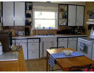 "Photo 4: 11043 136TH Street in Surrey: Bolivar Heights House for sale in ""Bolivar Heights"" (North Surrey)  : MLS®# F2803978"