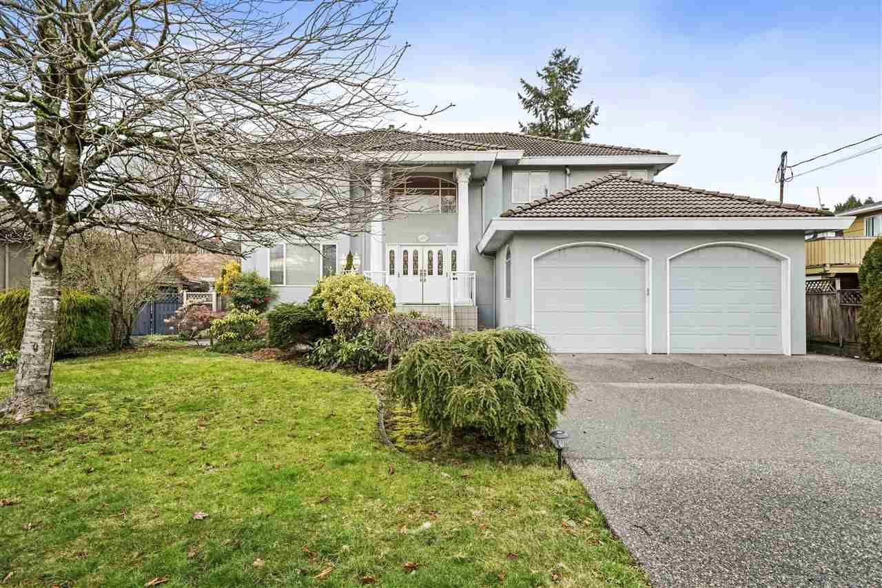 Main Photo: 6891 WINCH Street in Burnaby: Sperling-Duthie House for sale (Burnaby North)  : MLS®# R2535244
