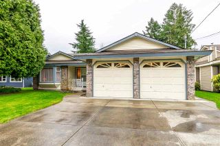 """Photo 3: 16242 108 Avenue in Surrey: Fraser Heights House for sale in """"Fraser Heights"""" (North Surrey)  : MLS®# R2560818"""