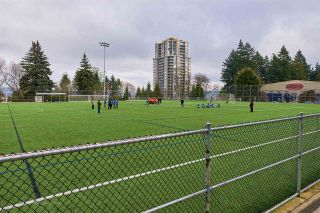 """Photo 14: 105 COLLEGE Court in New Westminster: Queens Park House for sale in """"Queens Park"""" : MLS®# R2039051"""