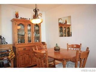 Photo 6: 211 1400 Newport Ave in VICTORIA: OB South Oak Bay Condo for sale (Oak Bay)  : MLS®# 743837