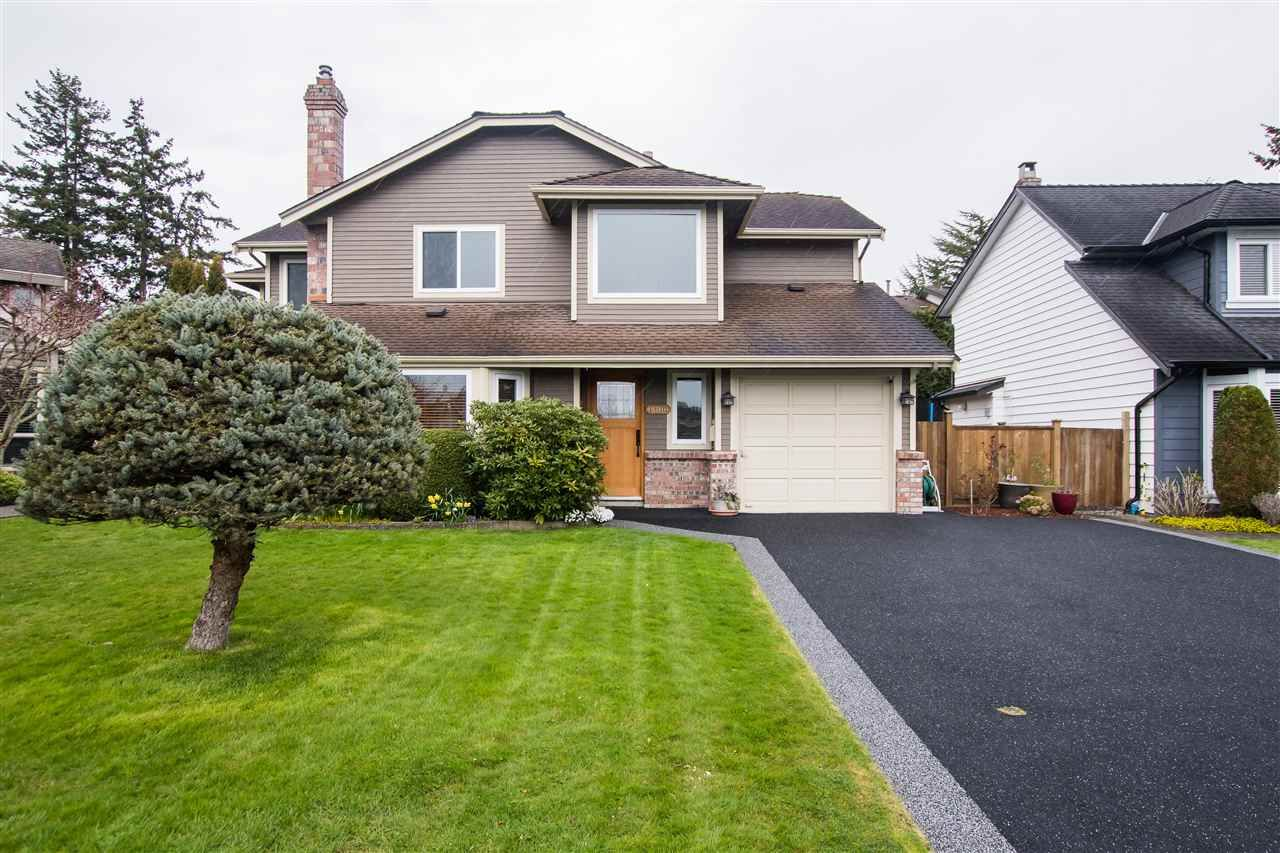 """Main Photo: 4932 54A Street in Delta: Hawthorne House for sale in """"HAWTHORNE"""" (Ladner)  : MLS®# R2562799"""