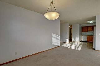 Photo 13: 6807 Pinecliff Grove NE in Calgary: Pineridge Row/Townhouse for sale : MLS®# A1121395