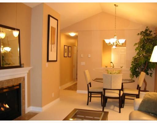 """Main Photo: 310 6860 RUMBLE Street in Burnaby: South Slope Condo for sale in """"GOVERNORS WALK"""" (Burnaby South)  : MLS®# V645334"""