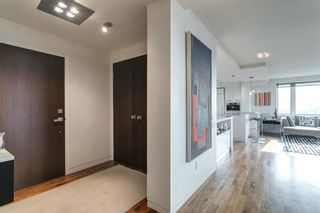 Photo 3: 706/707 3316 Rideau Place SW in Calgary: Rideau Park Apartment for sale : MLS®# A1137187