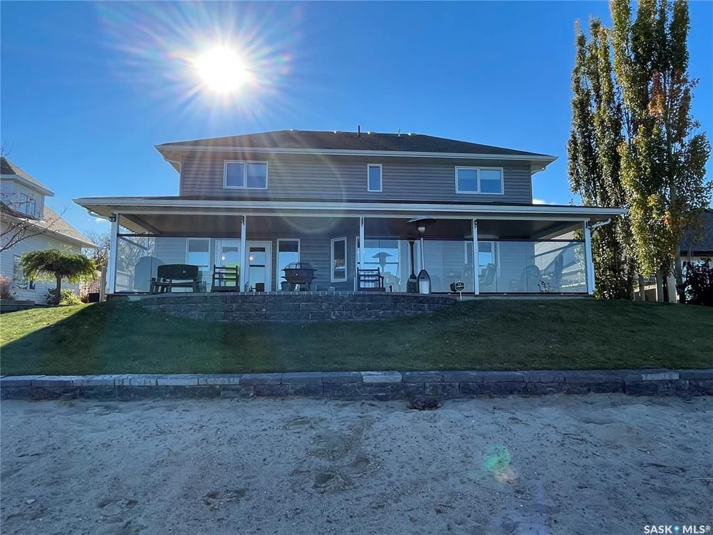 Main Photo: 376 Sparrow Place in Meota: Residential for sale : MLS®# SK874067